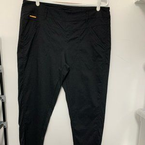 Lolë Black Pull-on Lightweight Travel Pant Large